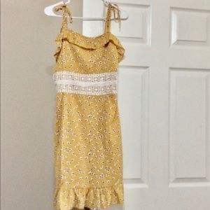 NWOTs Yellow Spring Dress SZ M from SHEIN